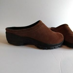 Lands End Burgundy Suede Slip On Clogs Mules Sz 8B